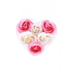 6 Flores de jabón presentadas en estuche corazón con lazo